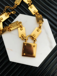 Kenneth Jay Lane Gold Chain With Lock Pendant Necklace