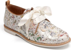 Tap Brogue in Romantic White