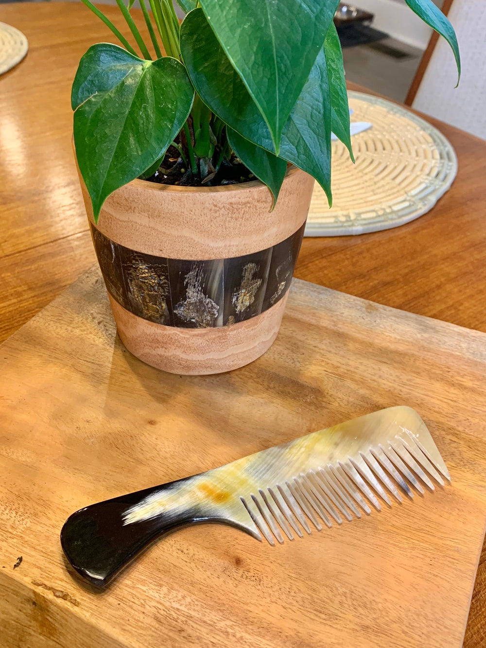 Horn Comb by Atelier Calla from Haiti