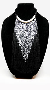 Senegalese Necklace-V: White & Black
