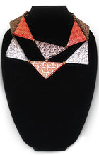 Necklace-Triangle-Collar