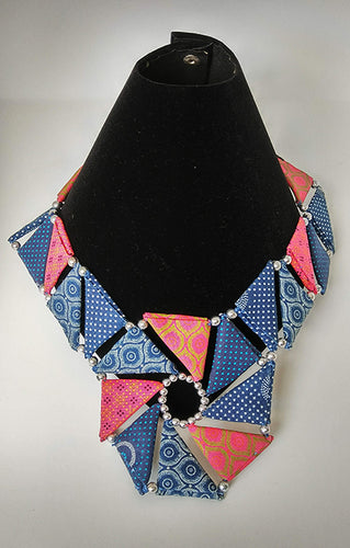 Necklace-Triangle_SM: Blue & Pink
