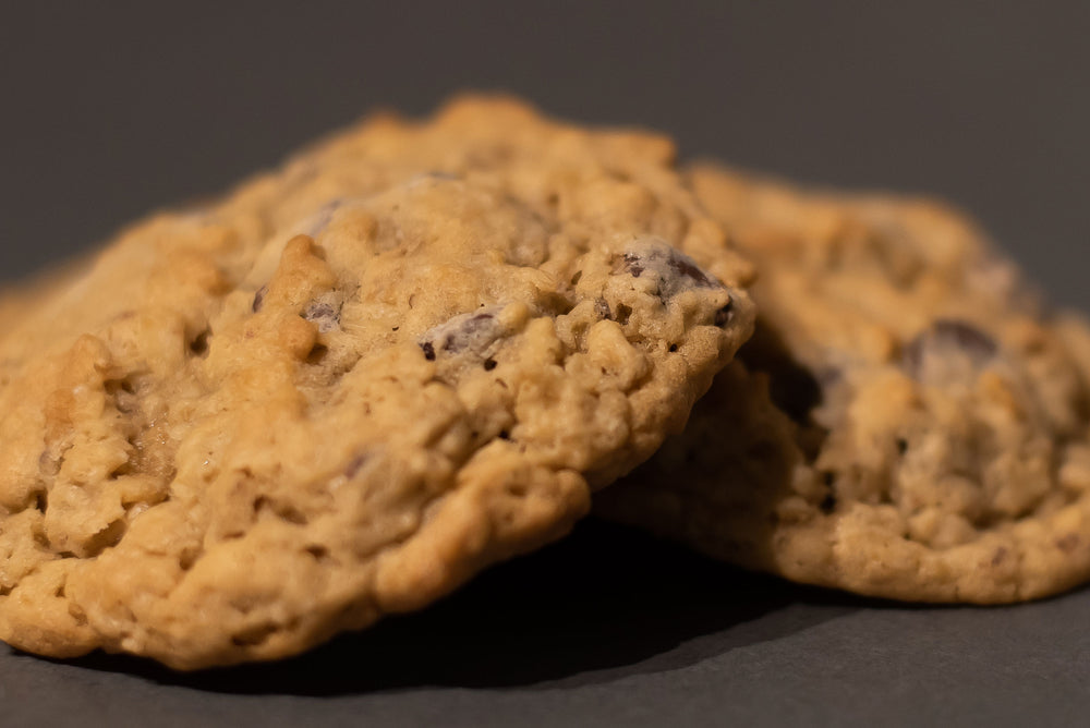 Oatmeal Chocolate Chip (Baker's Dozen) - The WhiteHouse Bakery