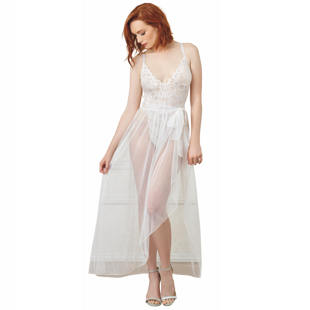 Wedding Night Lingerie & What To Wear On Your Honeymoon