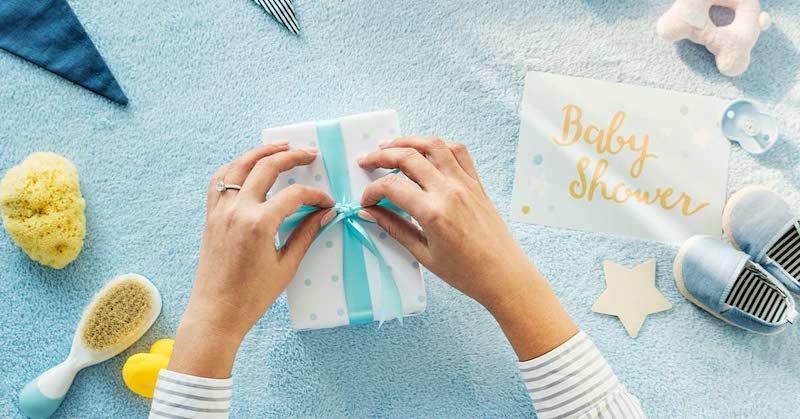 Top 8 Best Eco Friendly Baby Shower Gifts For Mom