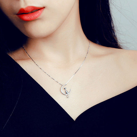 Pendant Necklaces - Crescent Moon Kitty Necklace