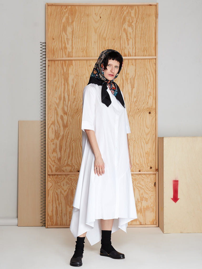 Pleat Neck Dress in Poplin (White)