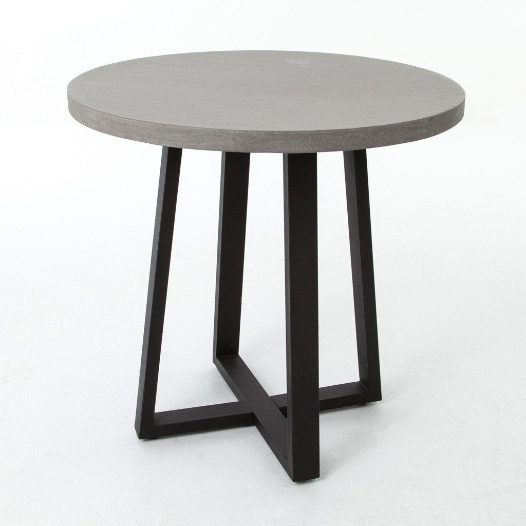 Cyrus round dining tables
