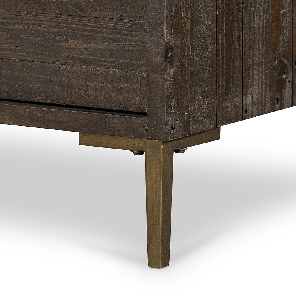 Wyeth 6 Drawer Dresser - VWYT-005B leg detail