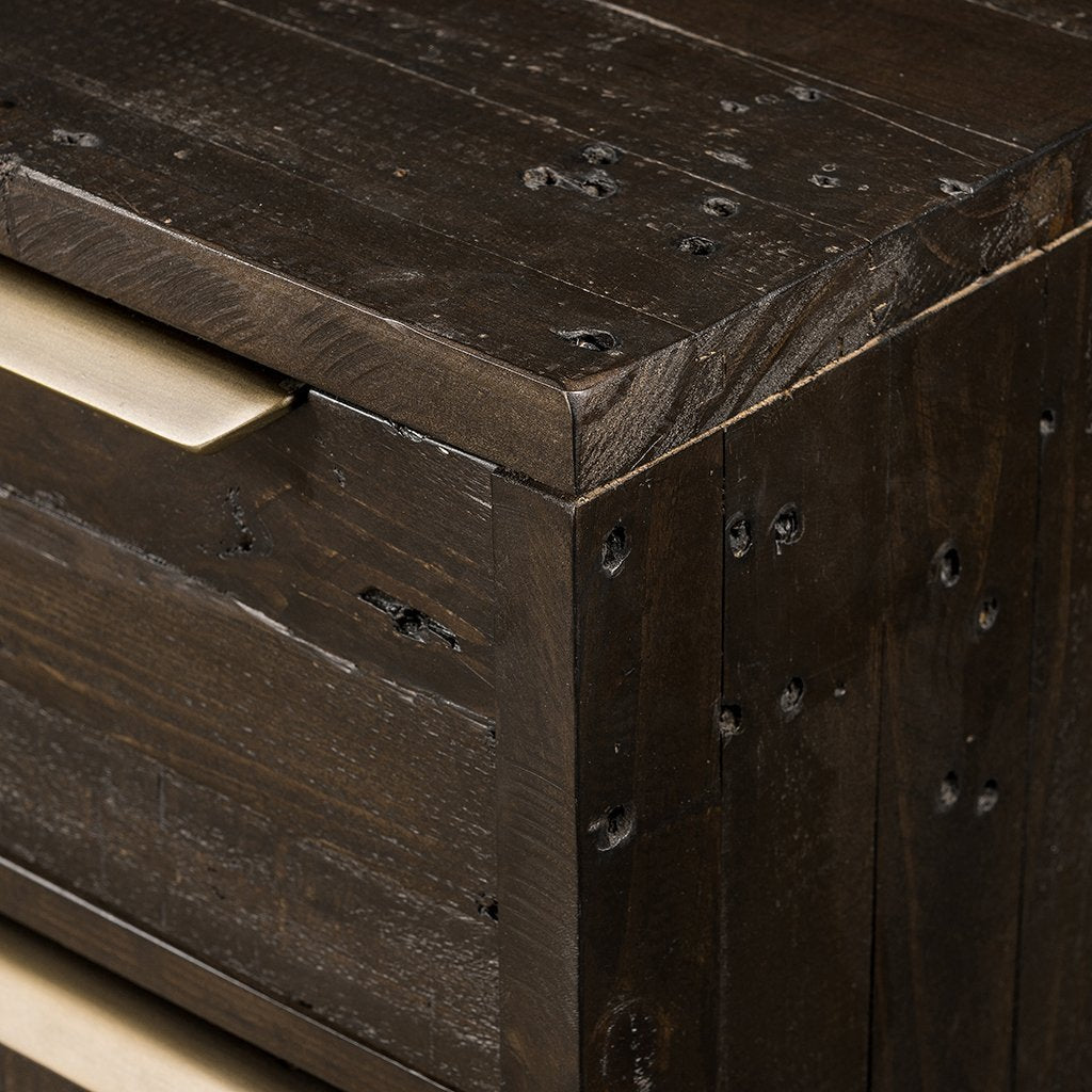 Wyeth 6 Drawer Dresser - VWYT-005B hardware detail