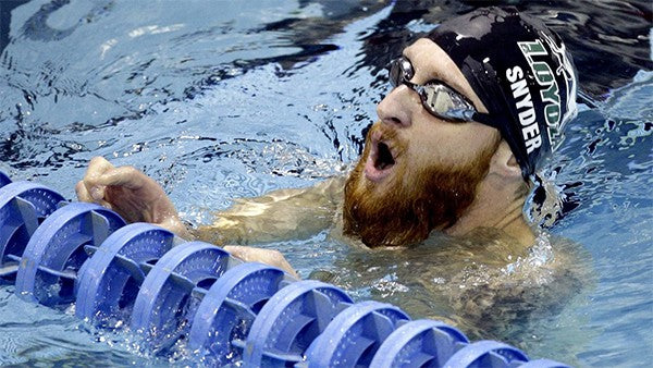 Blind Veteran Brad Snyder Swims Through the Darkness