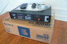 Sony SLV-900HF VHS stereo NTSC VCR , like new