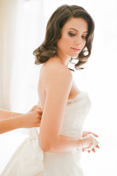 What Not to Do When Picking Out a Wedding Dress