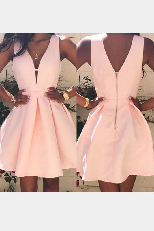 Glorious Short/Mini Satin V-neck Homecoming Dresses