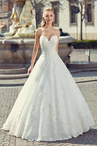 Classic Sweetheart Bridal Dress