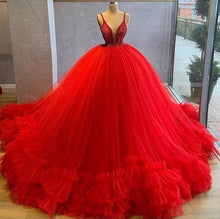 A-line V-neck Spaghetti Straps Tulle Gorgeous Ball Prom Dresses With Beading
