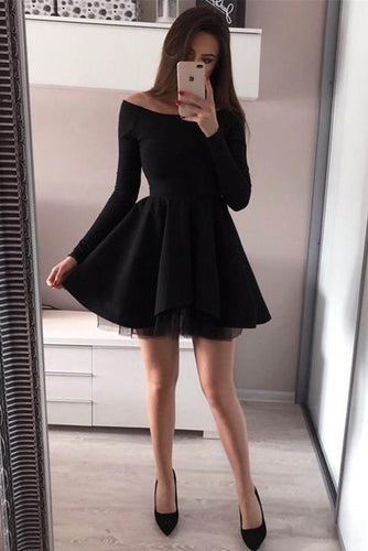 Off-the-Shoulder Long Sleeves Short Homecoming Dresses