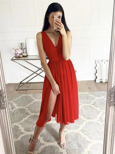 A-Line V-neck Knee Length Chiffon Homecoming Dress With Split Front