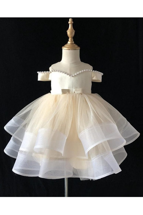 Cute Off-the-shoulder Ivory Ball Gown Flower Girl Dresses with Bow