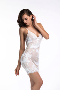 Trumpet/Mermaid Spaghetti Straps Appliques Lace Short Fashion Dresses