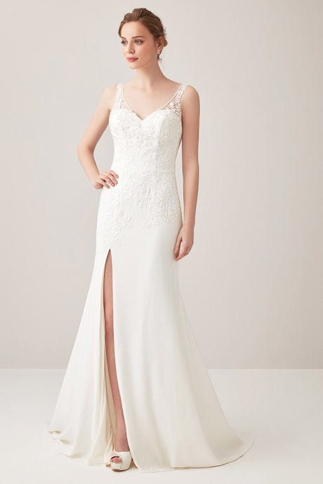 Lace Appliqued Sleeveless Sheath Wedding Dresses