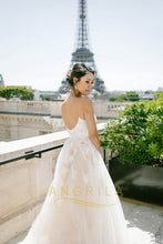 A-line/Princess Spaghetti Straps Lace Applique Wedding Dresses