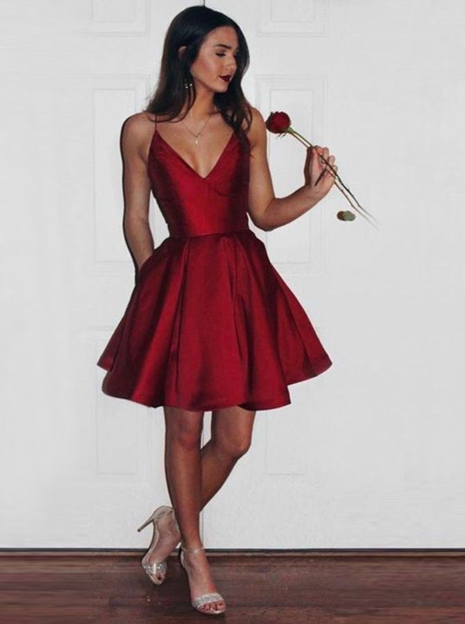 Spaghetti Straps A-line Deep V-neck Short Homecoming Dress with Pockets