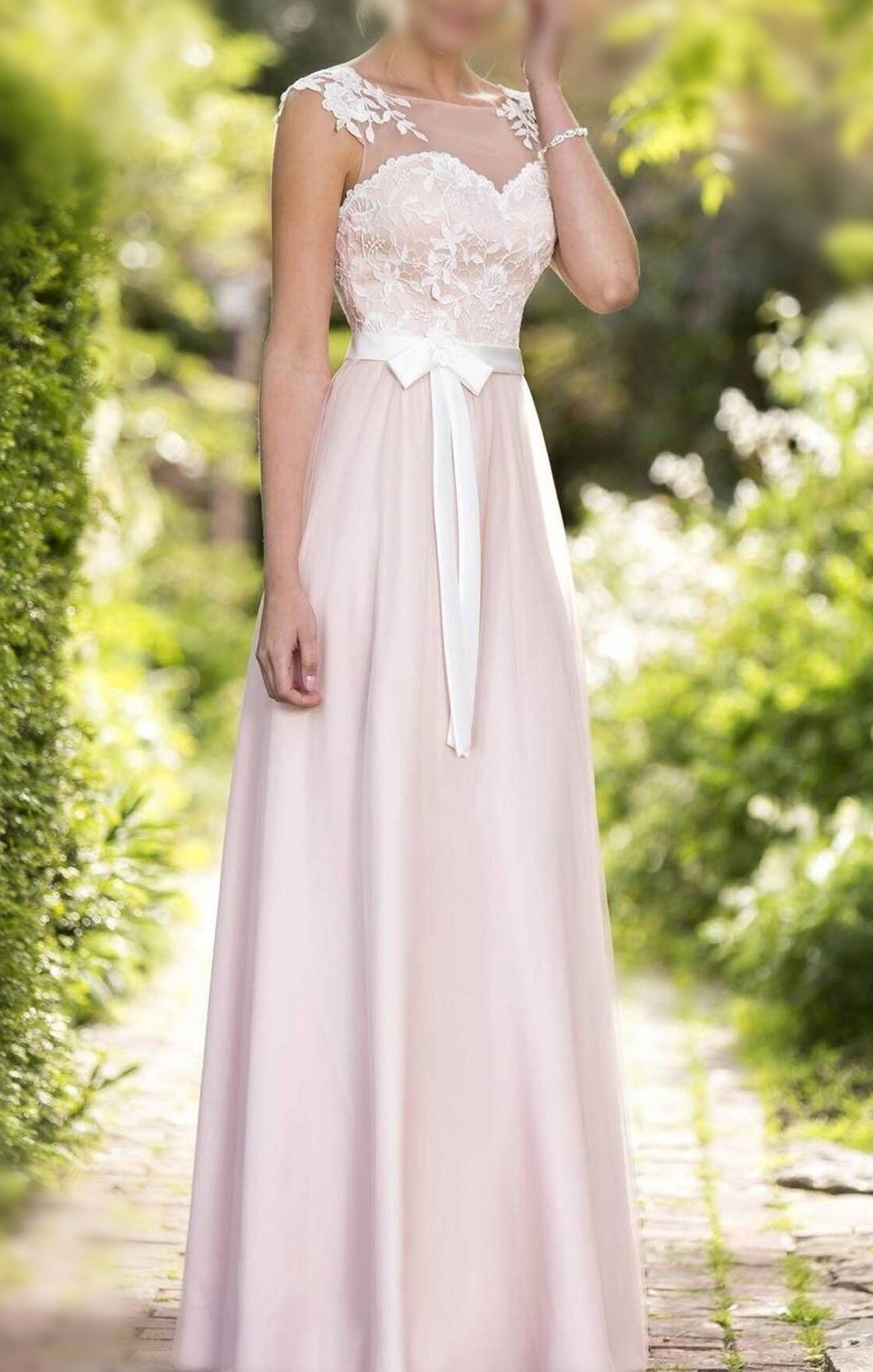 A-line/Princess Sleeveless Sash Long Tulle Bridesmaid Dresses