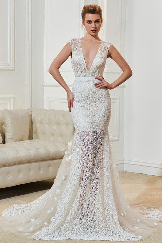Lace Deep V-Neck Sleeveless Wedding Dresses