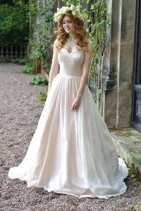 A-line/Princess Strapless Long Bridal Wedding Dresses