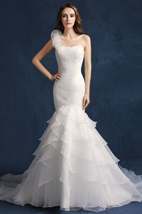 Trumpet/Mermaid One-Shoulder Long Beading Bridal Wedding Dresses with Ruffles