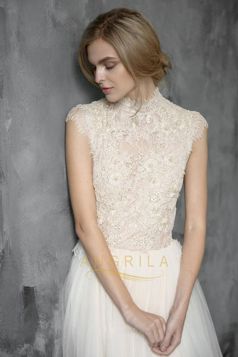 2413bfe3805 Vintage Lace Wedding Dresses With Cap Sleeves