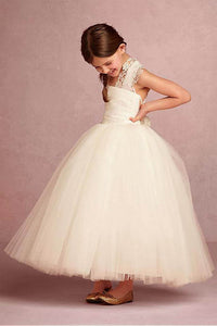 Faddish Tulle Lace Ball Gown for Flower Girls with Lace Appliques