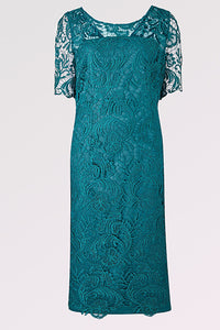 Sheath/Column Knee-length Lace Mother of the Bride Dresses with 1/2 Sleeves