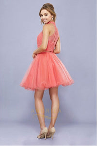 Chic Two-Piece Sleeveless Halter Short Formal Cocktail Dresses