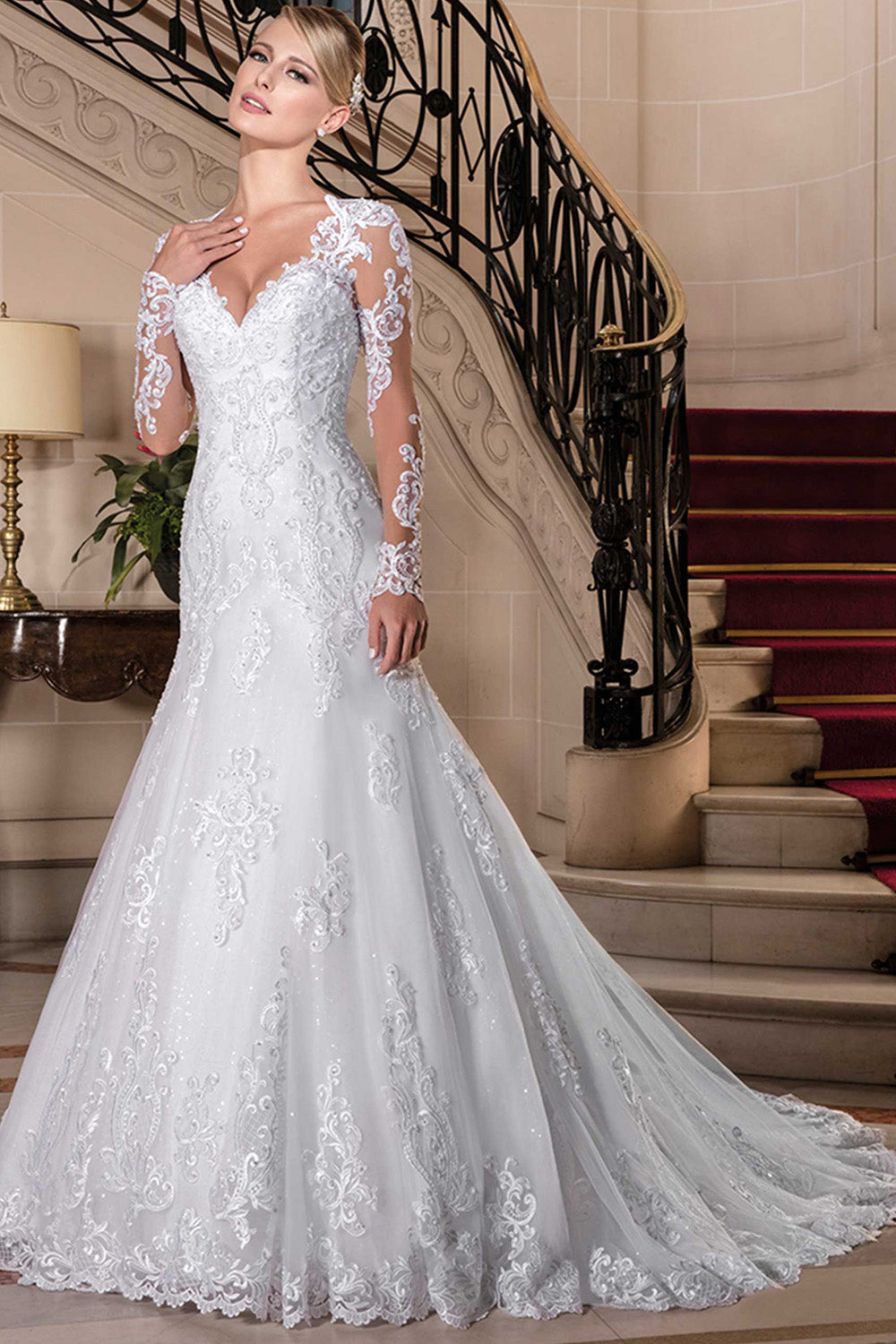 V-Neck Long Sleeves Wedding Dresses with Lace Appliques