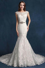Elegant Mermaid Tulle Belt Wedding Dresses with Lace Appliques
