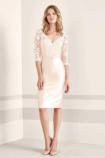 3/4 Lace Sleeves Sheath/Column Satin Knee Length Mother of the Bride Dresses
