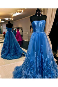 A Line Strapless Tulle Prom Dresses Long