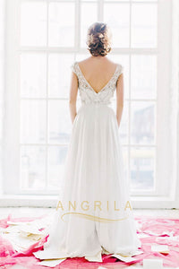 A-Line/Princess Scoop Neck Chiffon Wedding Dress With Beading