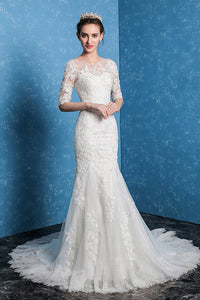 Trumpet/Mermaid Scoop Neck Lace Wedding Dress with 1/2 Sleeves