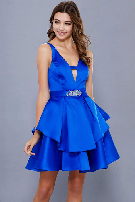 A-Line/Princess V-neck Satin Short Homecoming Dress with Crystal Brooch