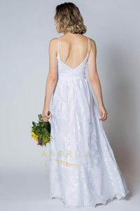 Sheath/Column Spaghetti Straps Lace Wedding Dress
