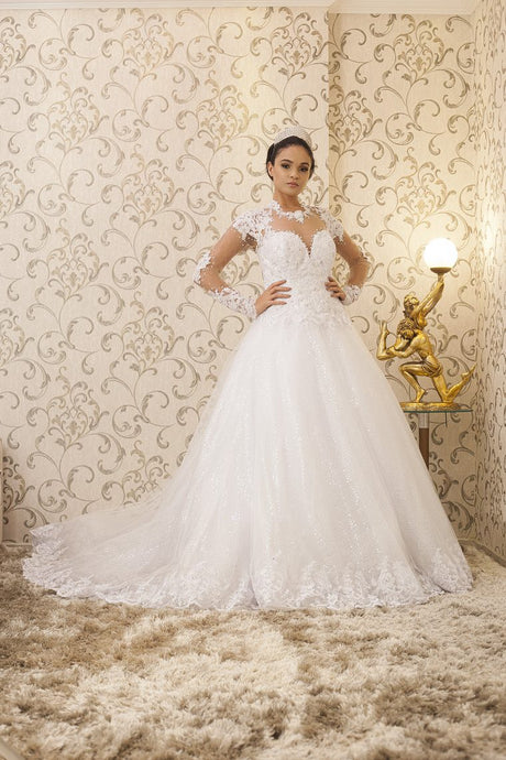 Ball-Gown Chapel Train Scoop Neck Wedding Dress with Sleeves