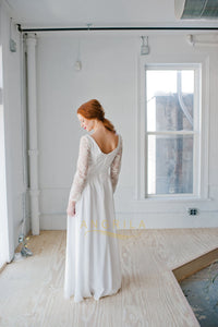 Sheath/Column V-neck Simple Wedding Dress with Long Sleeves