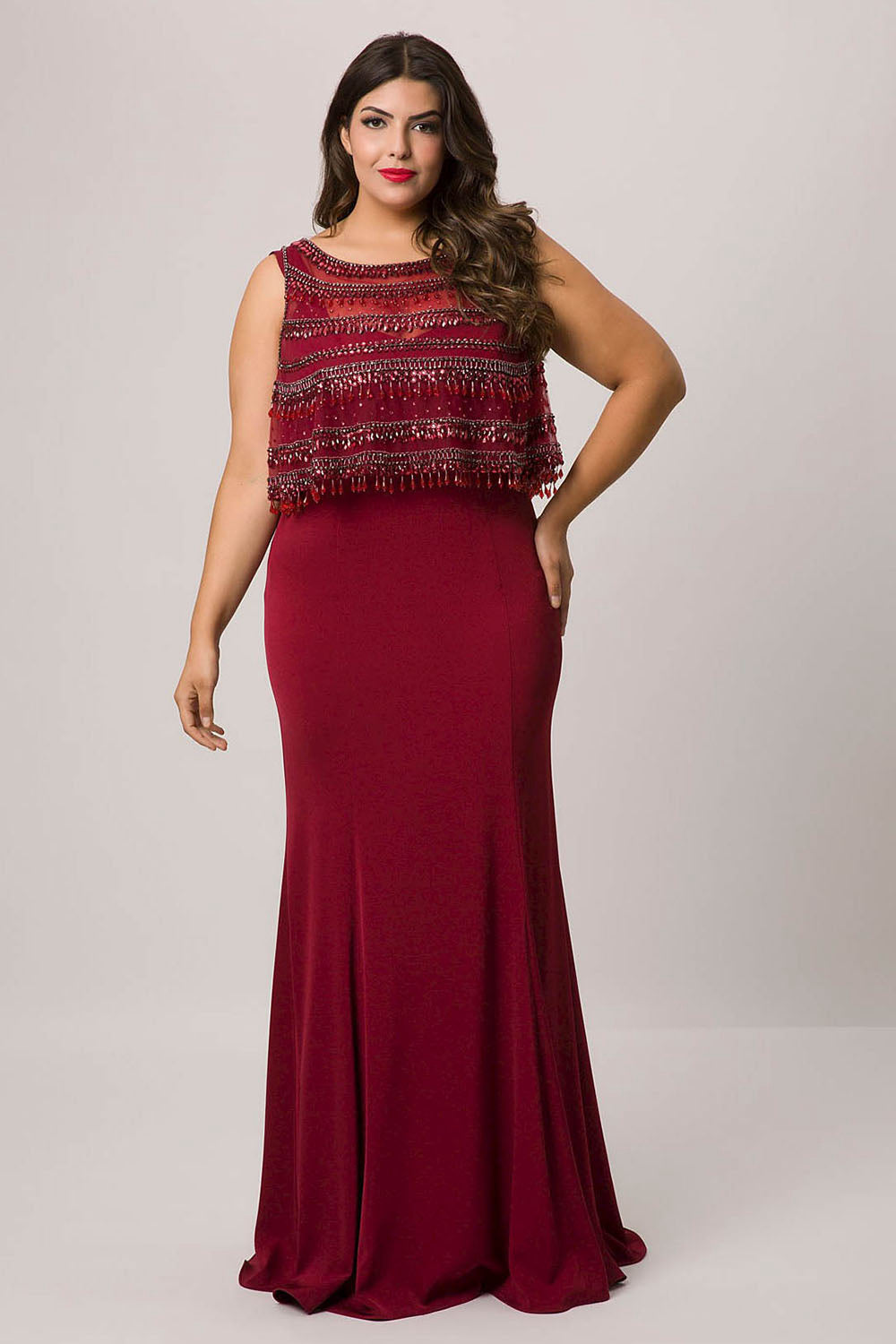 Sheath/Column Scoop Neck Plus Size Prom Dress with Beading