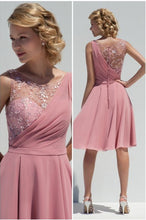 A-line/Princess Sleeveless Lace Applique Knee-length Chiffon Bridesmaid Dresses