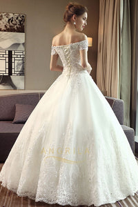 Chic Ball-Gown Off-the-Shoulder Lace Wedding Dress with Lace Appliques