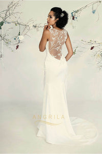 Trumpet/Mermaid Scoop Neck Sweep Train Wedding Dress