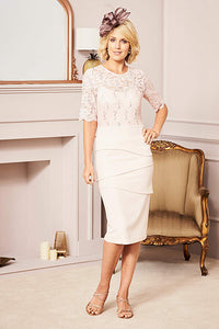Sheath/Column Scoop Neck Tea Length Mother of the Bride Dress with 1/2 Sleeves
